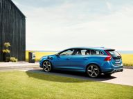 Volvo news - Volvo V60 Plug-in Hybrid gets R-Design treatment